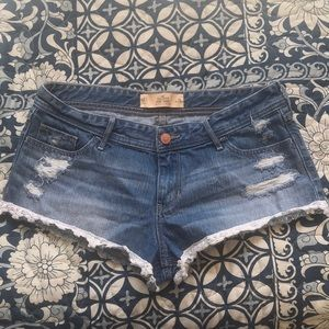 Hollister jean shorts with lace trim